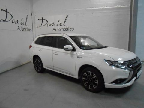 MITSUBISHI Outlander PHEV Hybride rechargeable 200ch Intense Style 5 places